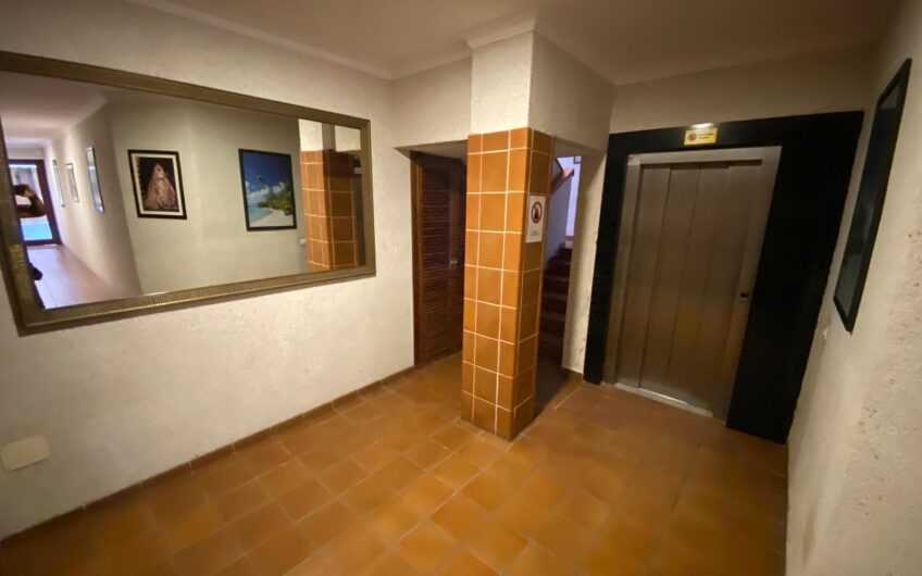Piso en edificio Don Antonio, Los Cristianos