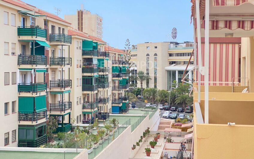 Apartamento en Los Angeles, Los Cristianos